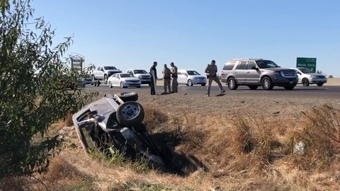 Three Modesto men ejected from pickup that crashed on Highway 99 in Turlock