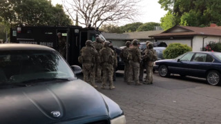 Watch as Modesto police prepare to serve search warrant for FBI