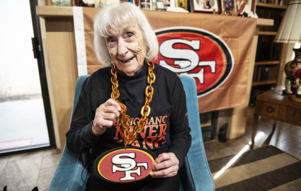 Modesto woman, 98, has loved 49ers since 1940s. A current standout likes her, too