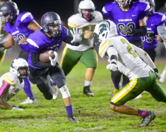 Johansen rallies in fourth quarter to beat Davis, earns chance to play for WAC title