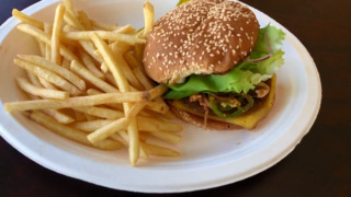 Modesto's new vegan cafe offers big burgers and more