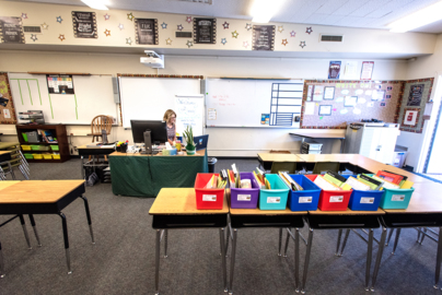 Teachers at Oakdale elementary school show can-do attitudes as distance-learning begins