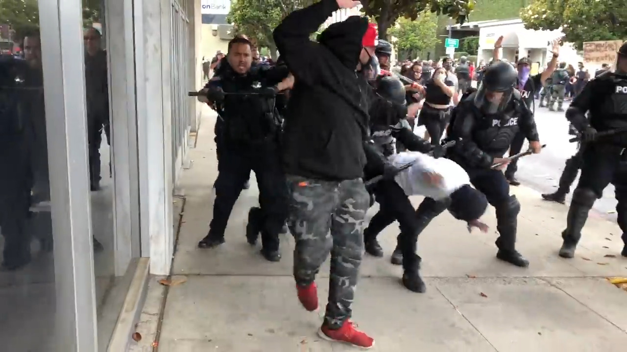 Modesto Christmas Parade 2020 Violence erupts in Modesto CA at end of George Floyd protest