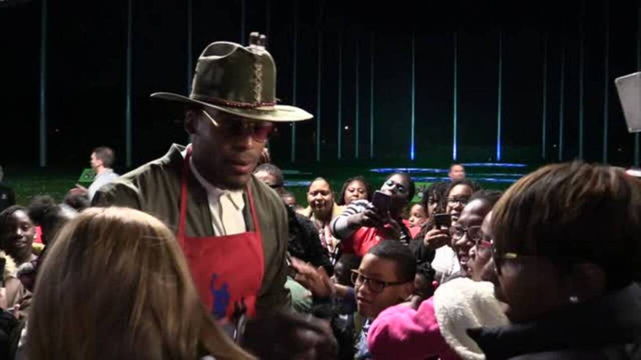57766065 Panthers QB Cam Newton hosts 'Cam's Thanksgiving Jam' | Charlotte ...