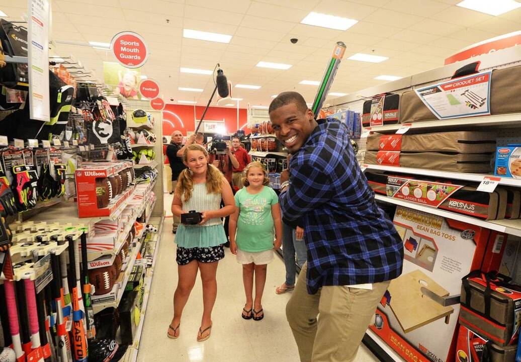huge selection of 71298 f20c6 New dad Cam Newton surprises fans with Father's Day shopping ...