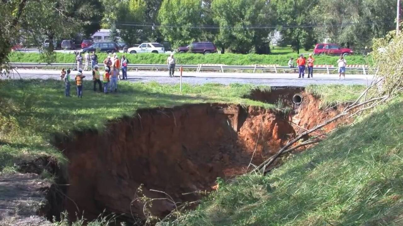 Huge sinkhole swallows part of Outer Banks road, North Carolina officials say