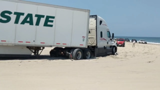 Tractor-trailer gets stuck on Outer Banks beach