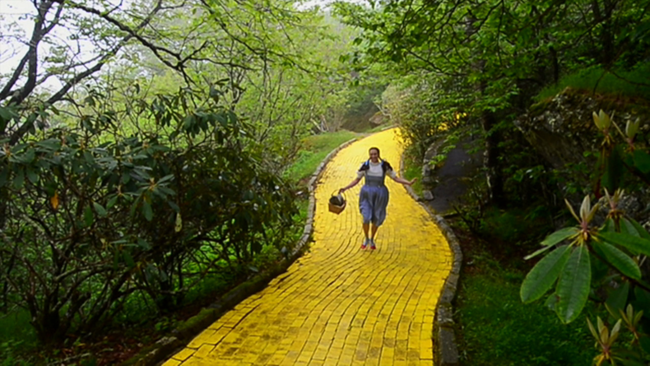 Nc Failed Theme Park Land Of Oz Is Reopening For 6 Days Charlotte Observer