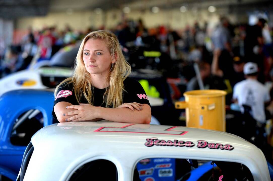race car driver jessica dana now in n c   but labor battle