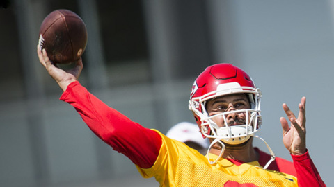 Chiefs call, Matt Moore exits retirement, replaces Henne for second time in career
