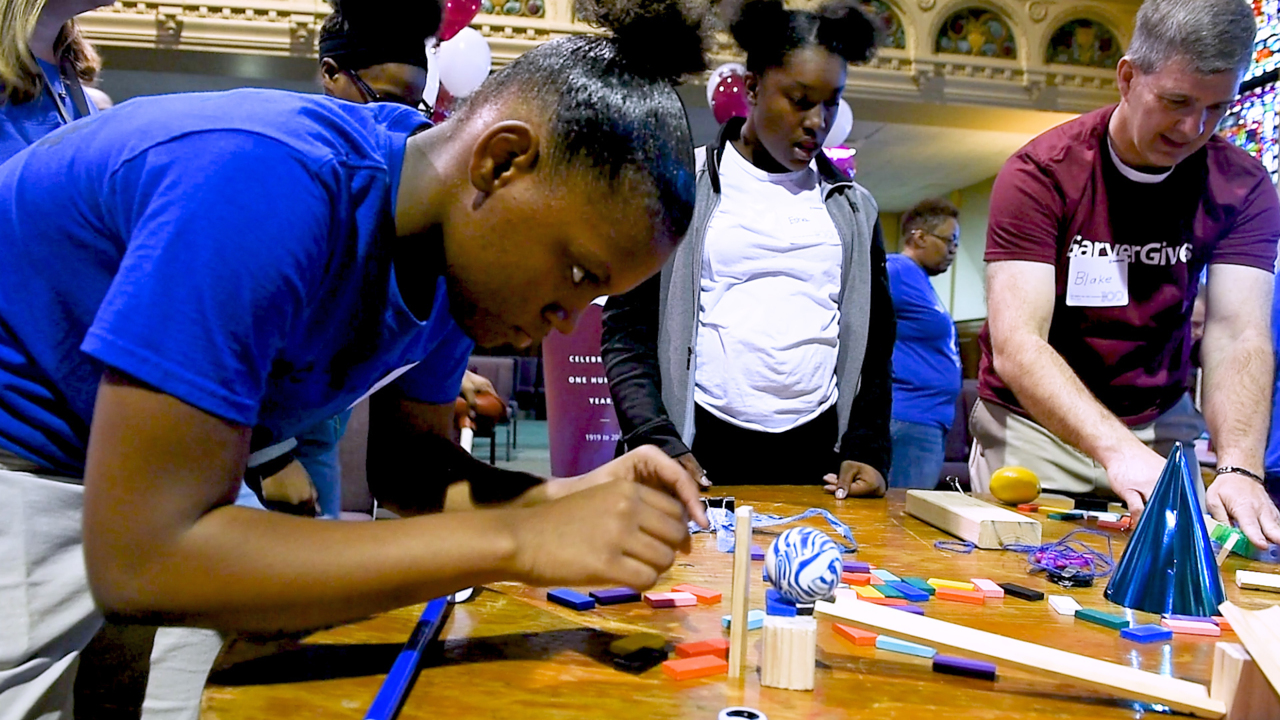 What can a Rube Goldberg-style contraption teach kids about engineering?