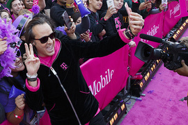 T-Mobile CEO's first stop after cutting Sprint deal? Trump's DC hotel, report says