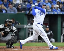 Royals' Mike Moustakas: 'Good to be back playing baseball again'
