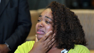 'Let me get to my babies': Duck boat survivor who lost 9 family members tells story