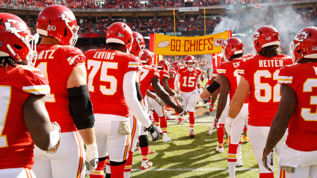 These NFL records might be within reach of Chiefs' Patrick Mahomes in 17-game season
