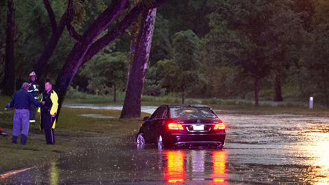 Heavy rain inundates Kansas City, surrounding area, prompting calls for water rescues