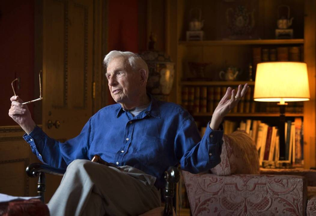 Henry Bloch, H&R Block founder, philanthropist, dies at 96 | The