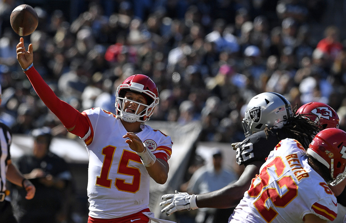 The Mahomes Factor: Quarterback is tide that lifts Chiefs and crushes opponents' souls