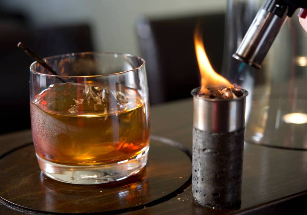 W Bar in Lee's Summit serves up cocktails speakeasy style