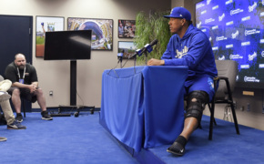 Royals catcher Salvador Perez explains how he tore knee ligament while carrying luggage