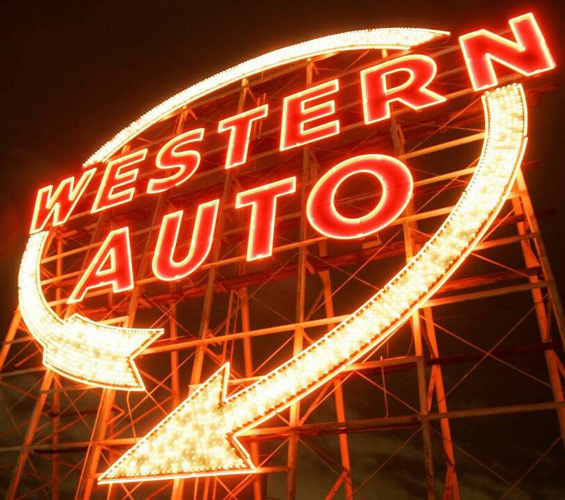 Western Auto sign in Kansas City to be lit up again | The Kansas