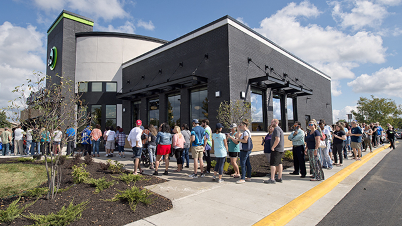 Wahlburgers In Olathe Opens To Line Around The Building