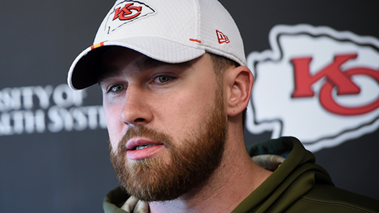 Chiefs' Travis Kelce rocked out with Rascal Flatts at celebrity golf event