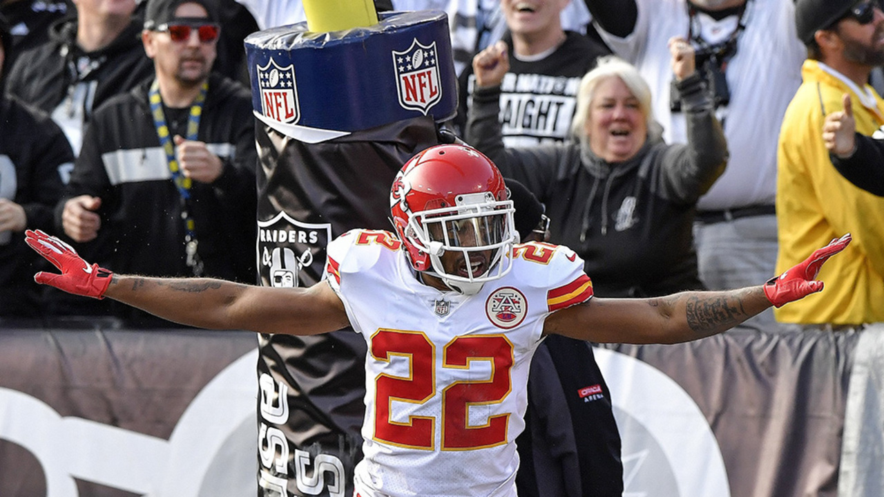 official photos bfb80 48402 Benched in Seattle, Scandrick gets new view of Chiefs game ...