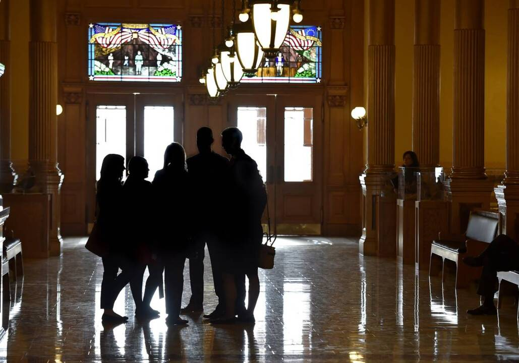 Kansas intern confidentiality rule: What happens in a lawmaker's office stays there