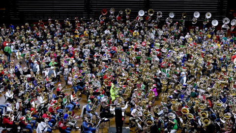 Oom-pah! Oom-pah! Kansas City tuba ensemble breaks record for the world's largest