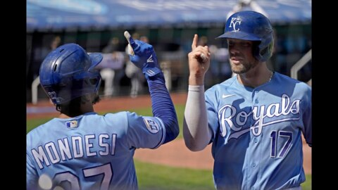 Royals' Hunter Dozier talks about expectations for upcoming season, surviving COVID-19