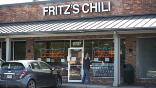 Loyal customers turnout for the final day of Fritz's Chili in Overland Park