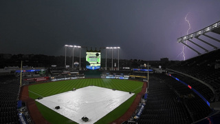 Rainy weather in the forecast for Kansas City Royals opening day game Thursday