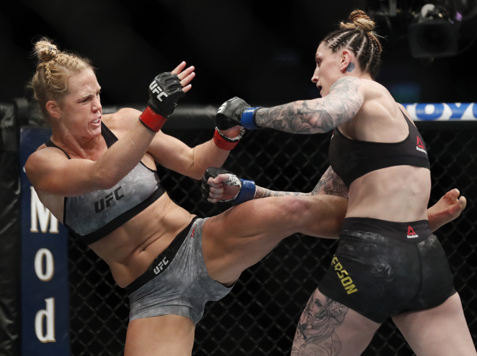 Aussie native Megan Anderson of UFC fights depression in KC | The Kansas  City Star