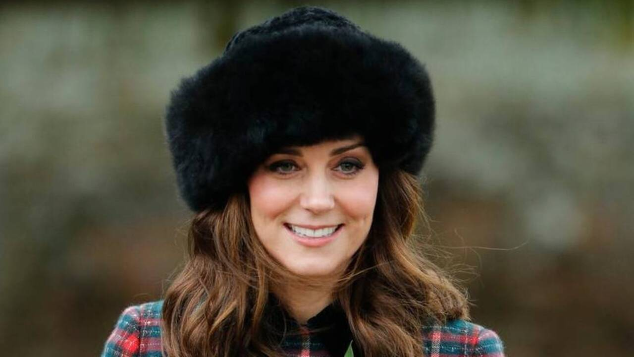 4360a3f5d Duchess of Cambridge Christmas hat came from Kansas-based Peruvian ...