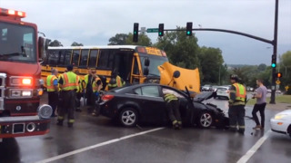 Accident involving Smithville school bus at 31st and Broadway