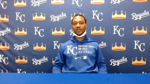 Royals and outfielder Jarrod Dyson reunite