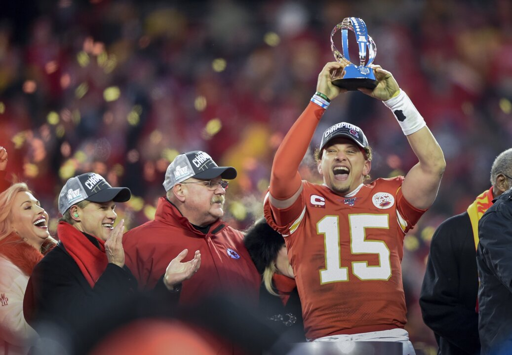Here's why the Chiefs' Patrick Mahomes reviewed Lamar Jackson's win against the 49ers