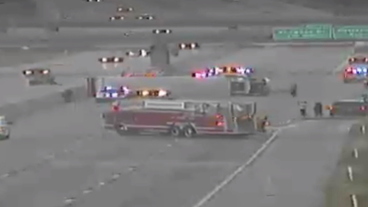 Southbound I-635 closed to traffic in KCK for semi wreck   The
