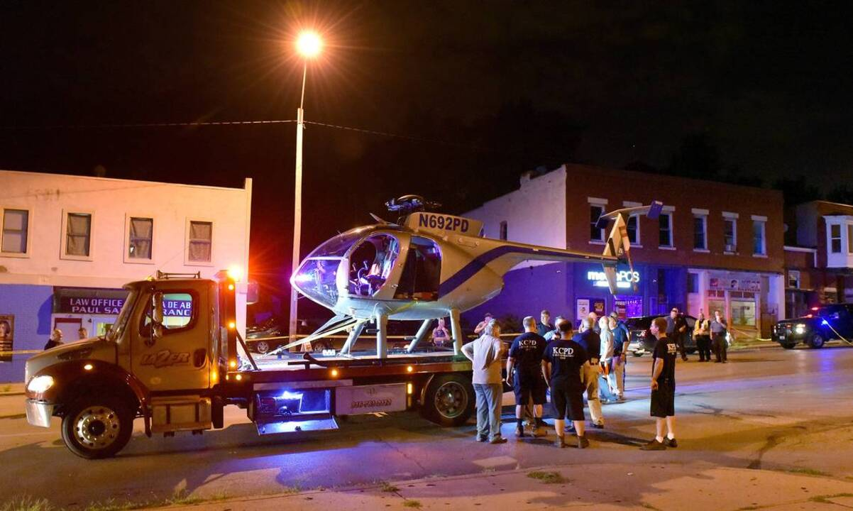 Kansas City police helicopter makes emergency landing on