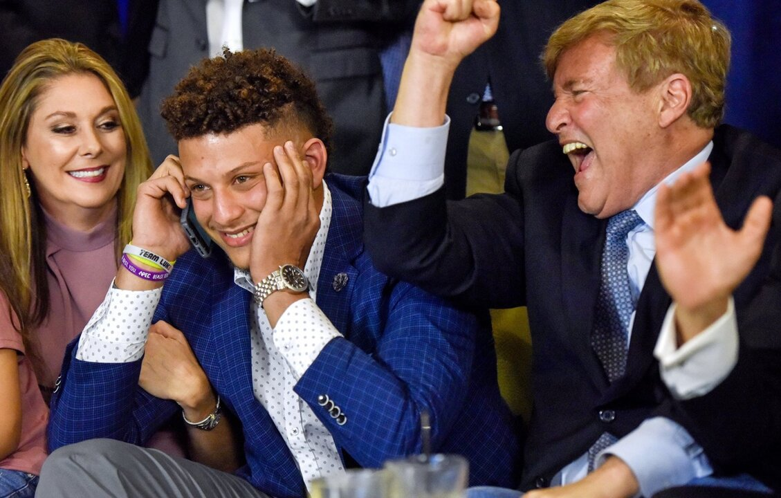As Patrick Mahomes and QB class of 2017 show, Wonderlic scores don't mean much