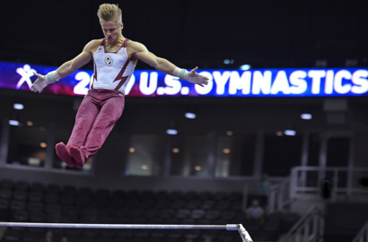 Sam Mikulak grabs lead in men's competition on opening day of U.S. Gymnastics championships at Sprint Center