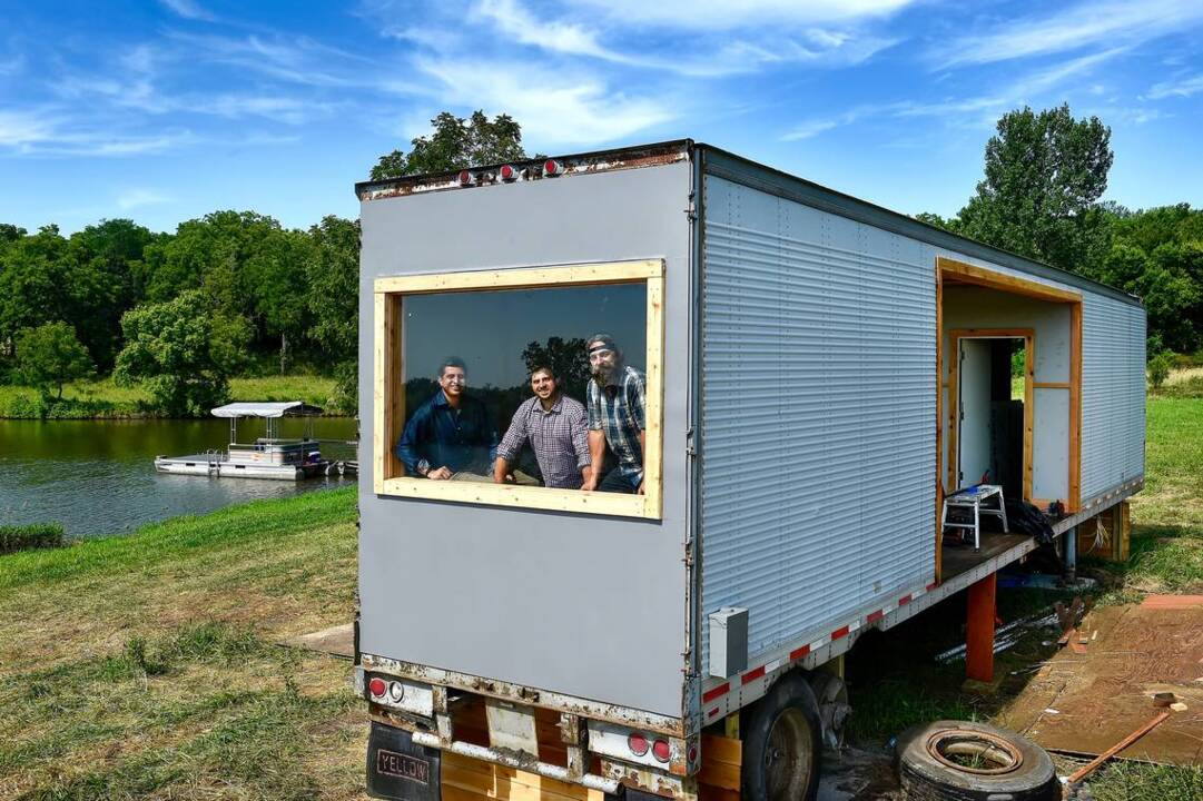 These Kc Area Men Turned A Grain Silo Into Clubhouse Now They Have Tv Show The Kansas City Star