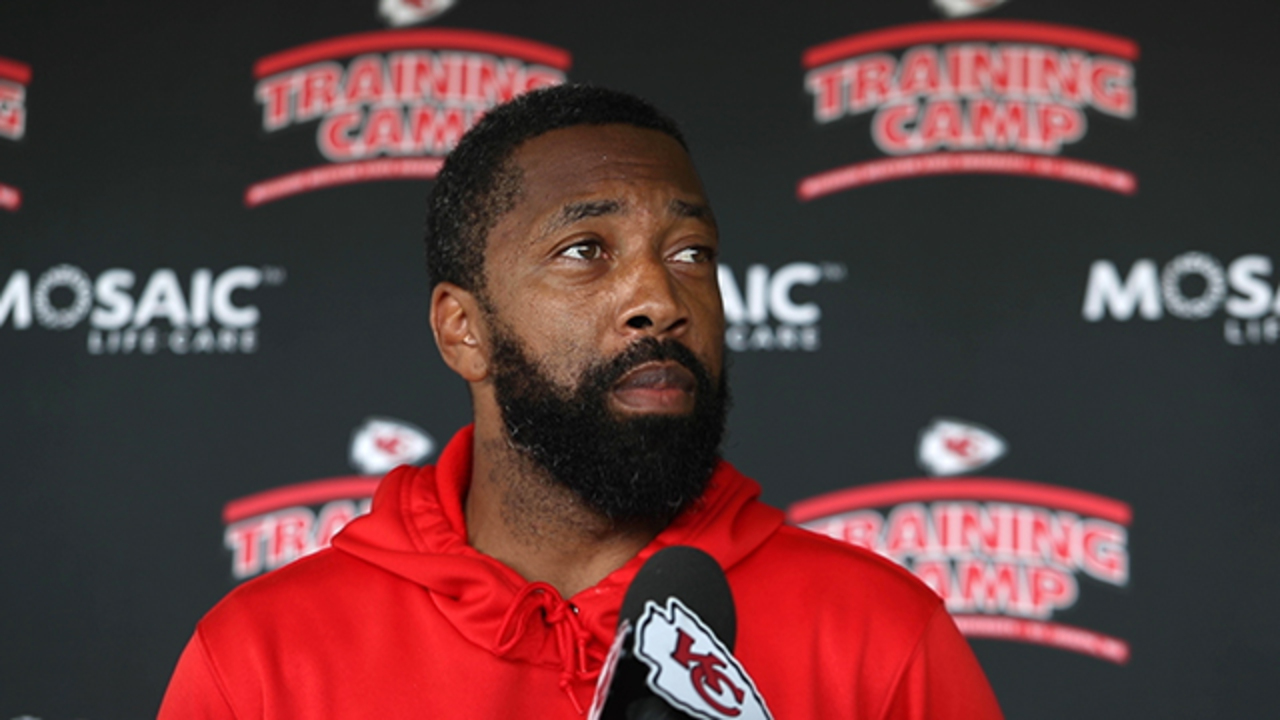 Chiefs WRs coach Greg Lewis likes all his guys, but don't ask about 'Legion of Zoom'