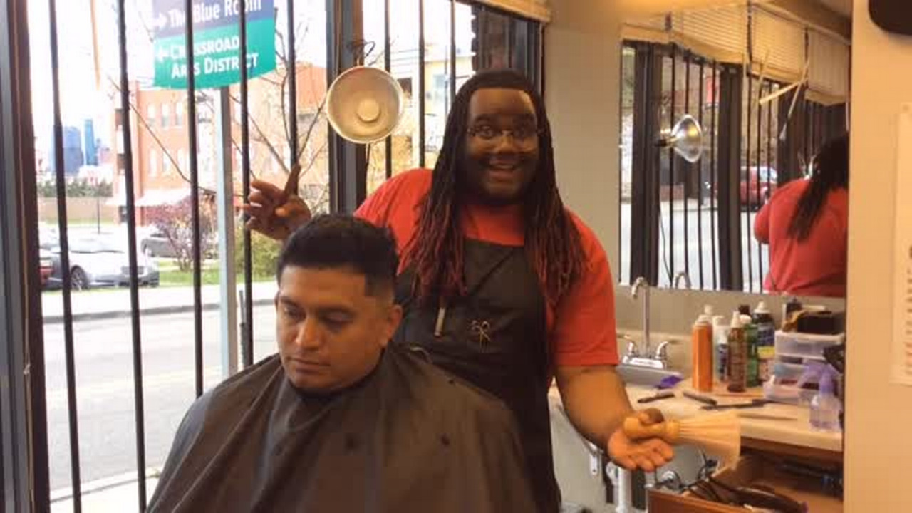 Free Haircut Day Is Just This Kc Barbers Style The Kansas City Star