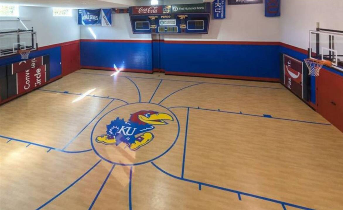 Indoor Basketball Courts Soccer Fields Part Of Kc Luxury Homes The Kansas City Star