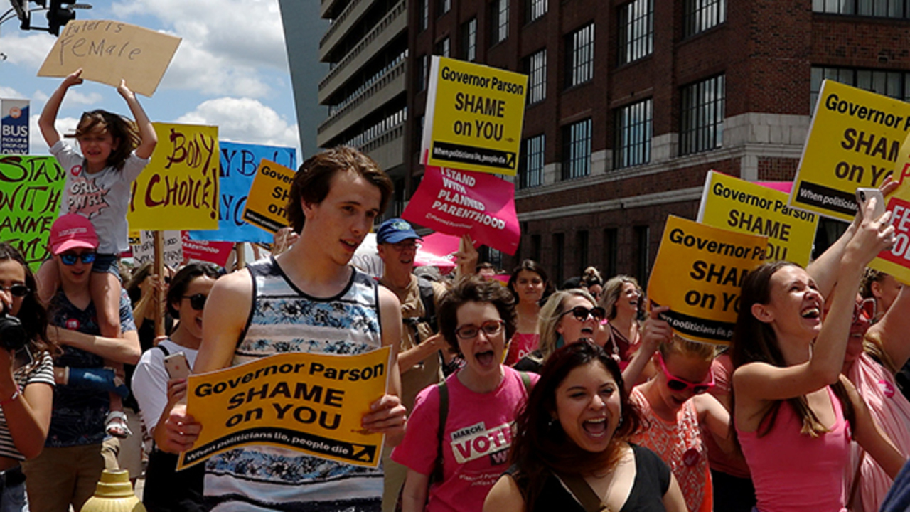 Missouri withholds Medicaid payments to Planned Parenthood for second year