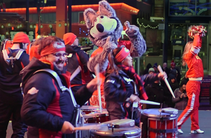 Chiefs Rumble, KC Wolf and cheerleaders lead rally downtown ahead of AFC title game