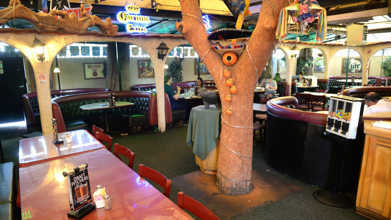 Say goodbye this weekend to a beloved Fresno patio. This Mexican restaurant is moving