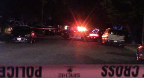 Police searching for suspects after four victims were shot in northwest Fresno